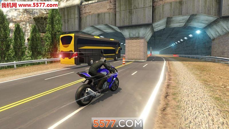 摩托车VS巨型客车手游截图1